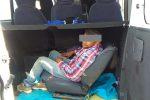 Braccianti clandestini stipati nei furgoni, 18 denunce in provincia di Cosenza – Foto