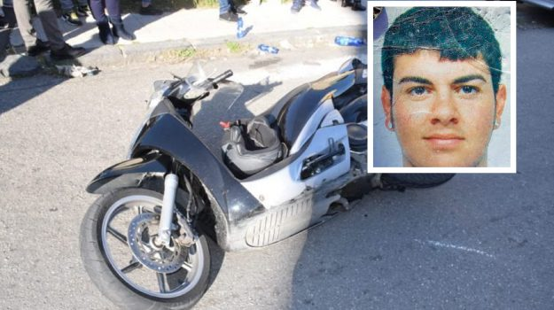 incidente messina, motociclista morto, villaggio aldisio, Gianluca Cerra, Messina, Sicilia, Cronaca