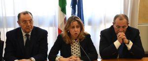 Giulia Grillo in prefettura a Reggio Calabria (foto di Attilio Morabito)