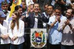 """Folla per il ritorno di Guaidò a Caracas: """"Metteremo fine all'usurpazione"""""""