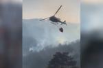 Bruciano i boschi del Catanzarese, le immagini dell'incendio
