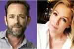 """In silenzio dopo la morte di Luke Perry, il web non perdona Jenny Garth: """"Non giudicatemi"""""""
