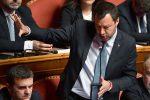 Il Senato evita il processo a Salvini, tre del M5s votano in dissenso con la maggioranza