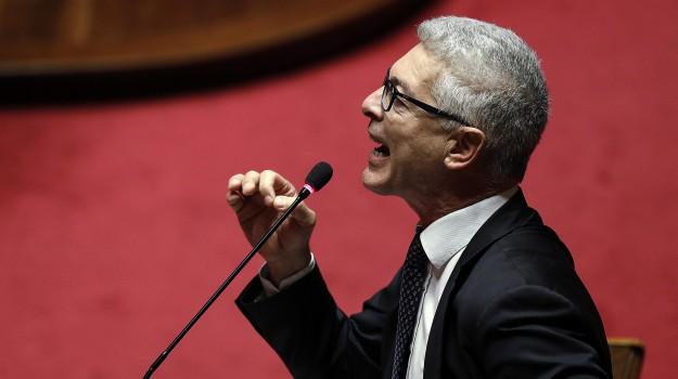 enti locali, m5s, regione, tirocinanti, Nicola Morra, Calabria, Politica