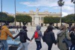 Clima, studenti in piazza in tutto il mondo: le foto dalla Calabria