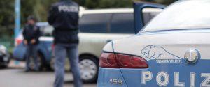Rapinatore ucciso in un minimarket a Palermo, feriti un cliente e un dipendente