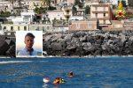Tragedia di Acireale, sospese le ricerche in mare di Enrico: i familiari fanno appello ai volontari