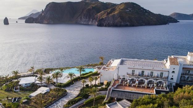 assoturismo, isole eolie, stromboli, turismo sicilia, Umberto Trani, Vittorio Messina, Sicilia, Economia