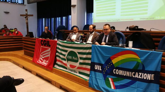 catanzaro, lavoro, sindacati calabria, vertenza telecomunicazioni, Daniele Carchidi, Francesco Canino, Catanzaro, Calabria, Economia