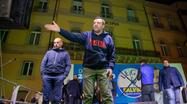 flat tax, melfi, tasse, Matteo Salvini, Sicilia, Politica