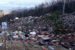 Amianto, pneumatici ed elettrodomestici: discarica nel torrente Pace di Messina - Foto