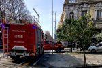 Messina, si stacca intonaco da un palazzo in via Consolato del Mare: ferito un passante