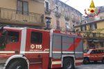 Edificio pericolante a Cosenza, verifiche dei vigili del fuoco