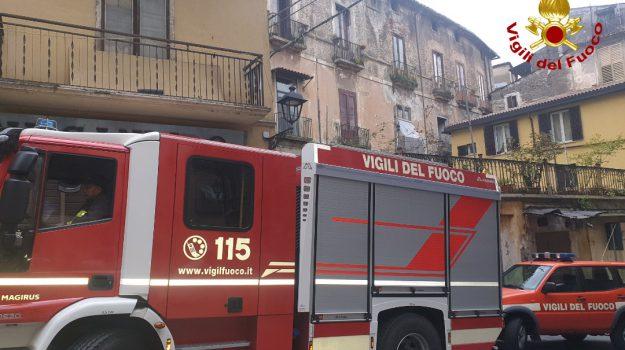 cosenza, vigili del fuoco, Cosenza, Calabria, Cronaca