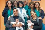 Cinque mesi sul filo della morte, il miracolo delle gemelline di Naso