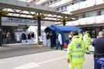 Tende da campo montate per le emergenze, il Policlinico di Messina affronta il blackout - Foto