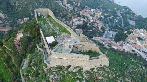 affidamento privati, castello di taormina casteltauro, maurizio scaglione, orazio micali, turismo, Messina, Sicilia, Economia