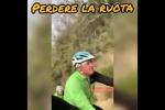 """Ciclismo, nasce l'inno degli amatori: """"Perdere la ruota"""""""
