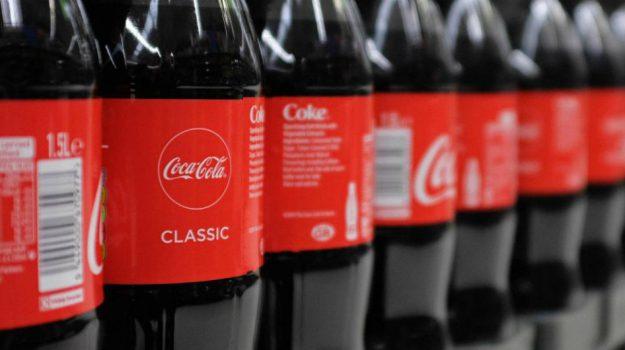 coca cola, plastica, Sicilia, Mondo