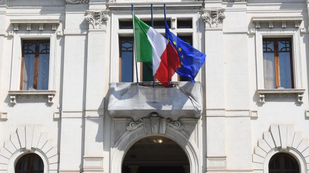 mezzi comunali, reggio calabria, Reggio, Calabria, Cronaca