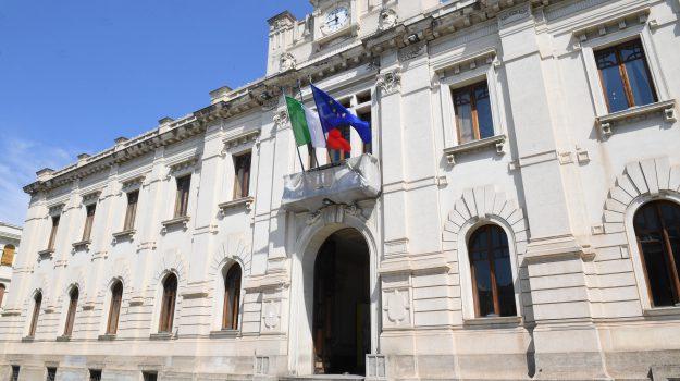 debito dell'acqua Reggio, Reggio, Calabria, Economia
