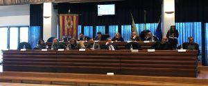 La seduta del Consiglio comunale di Catanzaro nella sala della provincia