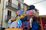 A Corleone sfilano i carri e i minicarri di Carnevale: le foto dei festeggiamenti