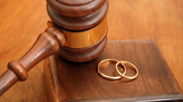 assegno di divorzio, mantenimento moglie, moglie scansafatiche, Sicilia, Cronaca