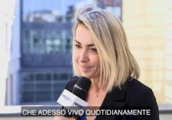 Francesca Senette: «Grazie allo yoga ho trovato equilibrio e consapevolezza» La giornalista, per anni al Tg4 di Emilio Fede, oggi è una insegnante di Yoga e conduce un programma su deAJunior - CorriereTV