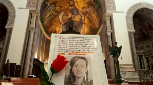 femminicidio messina, funerali alessandra, omicidio messina, Alessandra Musarra, Cristian Ioppolo, Messina, Sicilia, Cronaca