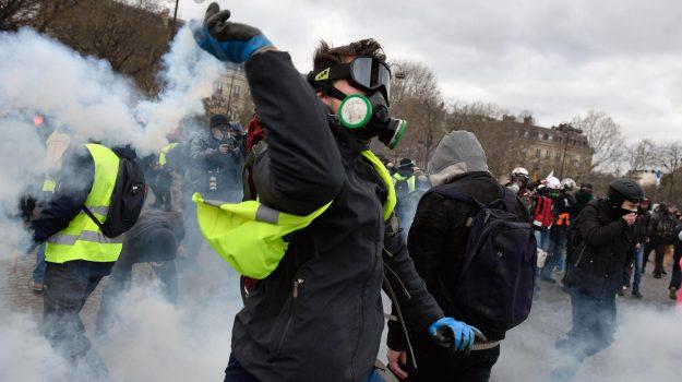 gilet gialli, protesta francia, Sicilia, Mondo