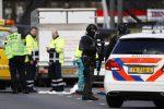 Olanda, ad Utrecht fuoco sui passeggeri di un tram: 3 vittime, arrestato presunto killer