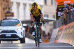 Ciclismo, Roglic strappa la Tirreno-Adriatico a Yates per un secondo