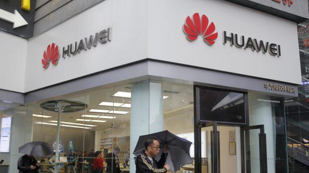 cina usa, Huawei, Donald Trump, Xi Jinping, Sicilia, Mondo