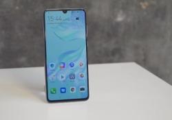 """Huawei P30 e P30 Pro: hands-on. Super-zoom e tanta potenza Il nuovo """"cameraphone"""" dell'azienda cinese: tutto sulla fotocamera - CorriereTV"""