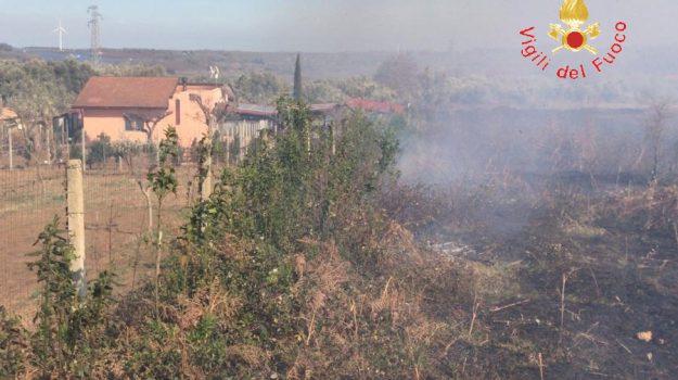incendio girifalco, Catanzaro, Calabria, Cronaca