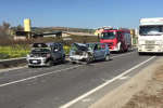 Incidente a Crotone, schianto tra due auto