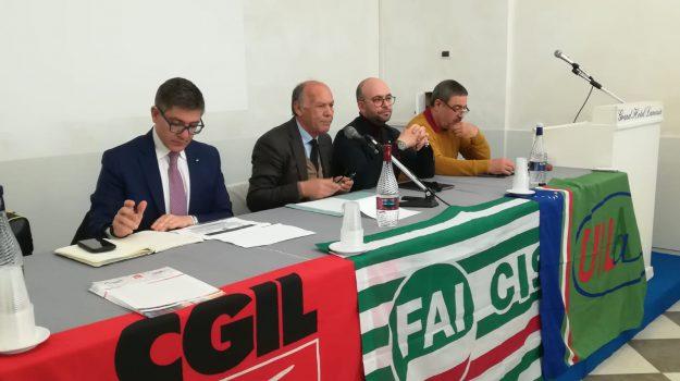 rinnovo del contratto nazionale, sindacati calabria, Catanzaro, Calabria, Economia