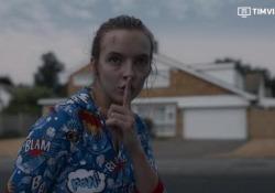 «Killing Eve», arriva la seconda stagione: il trailer delle nuove puntate della serie thriller La serie che ha consacrato Sandra Oh, premiata con il golden Globe e il Critics' Choice Award 2019 - Corriere Tv