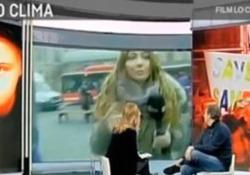 L'imbarazzante fuorionda dell'inviata di 'Agorà': «Volevo faje vedè er bordello» Laura Tangherlini non si accorge di essere in diretta - LaPresse