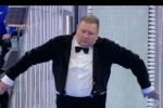 La Corrida, il pubblico impazzisce per il «rumorista» che fa la moka e l'orologio a cucu