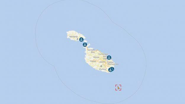 malta, mercantile dirottato, migranti, Sicilia, Mondo
