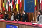 Il Cda della Messina Social City e l'assessore alle Politiche Sociali Alessandra Calafiore