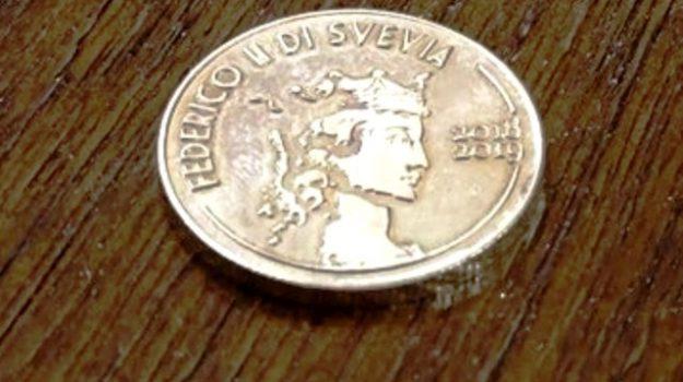 cosenza, moneta bruzio, sussidio, Cosenza, Calabria, Cronaca