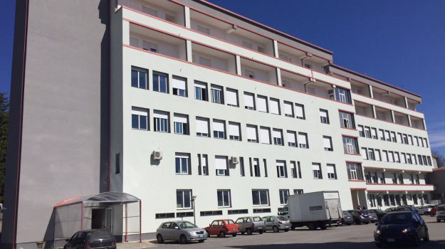 lavori di ampliamento, ospedale serra san bruno, reparto di Riabilitazione, Catanzaro, Calabria, Cronaca