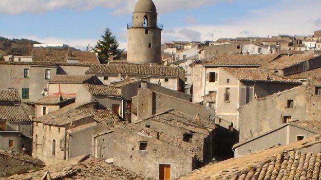 centro storico campana, Cosenza, Calabria, Economia