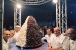Pignolata record da 100 chili, oltre 700 porzioni per il dolce del carnevale di Messina - Foto