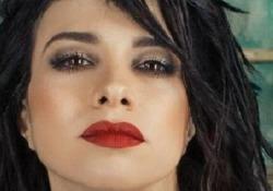 «Più forte», ecco la nuova canzone di Dolcenera tutta dedicata all'amore Il video del nuovo singolo presentato in esclusiva - Corriere Tv