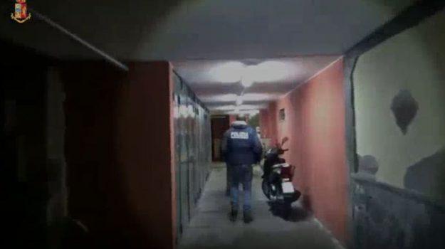 arresti catania, clan santapaola-ercolano, spaccio droga catania, Sicilia, Cronaca