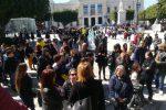 Stipendi arretrati, le coop sociali di Reggio occupano la sala del consiglio comunale -Foto